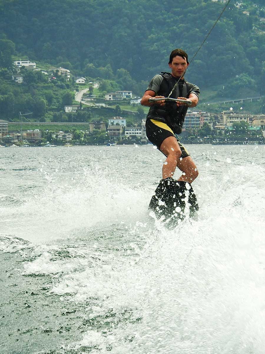 http://masanssport.ch/wp-content/uploads/2018/09/wakeboard-tenero.jpg